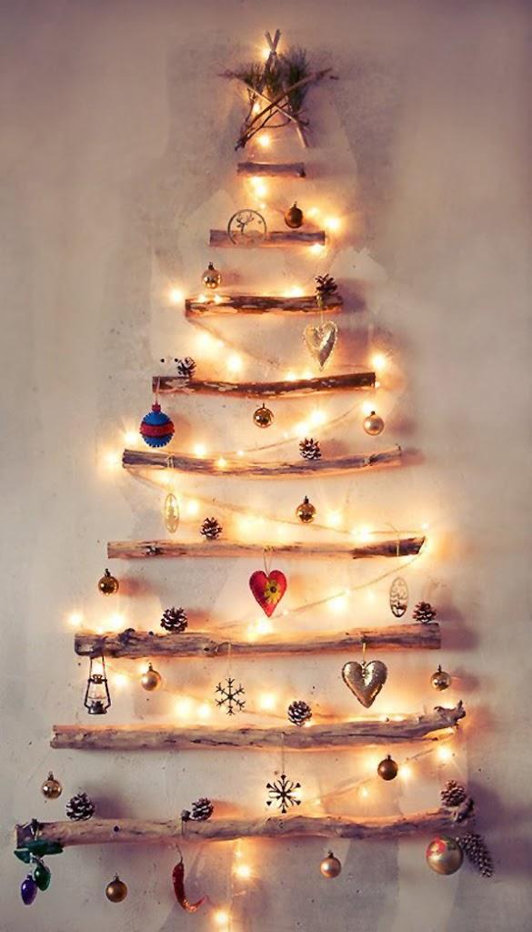 árboles de navidad diferentes troncos madera