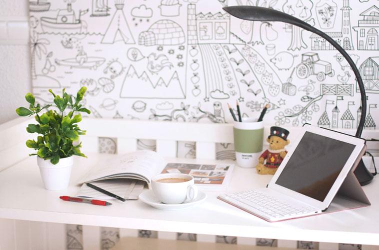 convertir una cuna en escritorio cafe